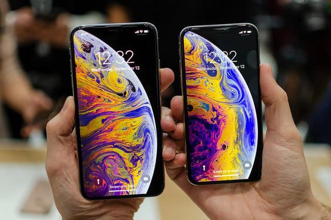 Sự kiện Apple cũng là lời tạm biệt smartphone màn hình nhỏ - Ảnh 2.