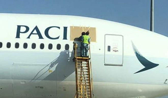 Logo trên máy bay của Cathay Pacific thiếu mất chữ F, phải sơn lại mất vài nghìn USD - Ảnh 3.