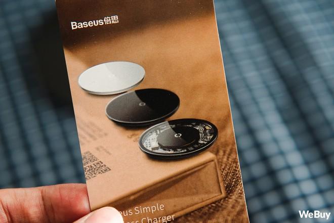 Trải nghiệm sạc không dây Baseus Simple Wireless Charger giá 390.000 đồng: Khi nước sơn thì tốt mà gỗ lại quá dở! - Ảnh 3.
