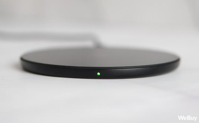 Trải nghiệm sạc không dây Baseus Simple Wireless Charger giá 390.000 đồng: Khi nước sơn thì tốt mà gỗ lại quá dở! - Ảnh 7.