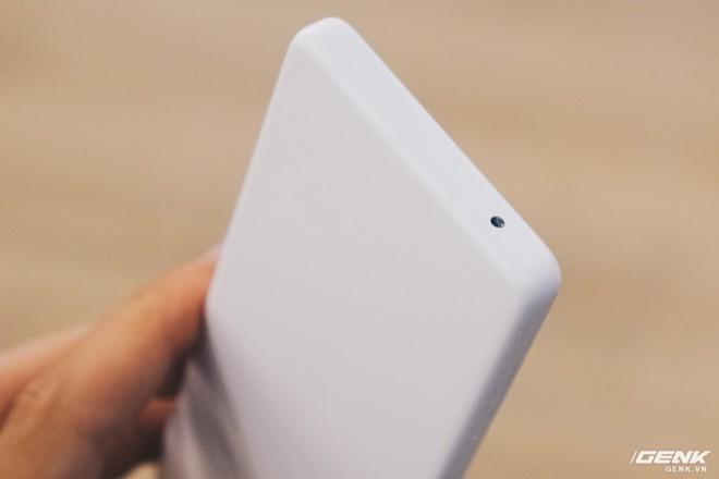 Trải nghiệm Xiaomi Qin AI: Phần cứng tuyệt vời cho một chiếc máy cơ bản, tuy nhiên phần mềm không phù hợp để hoạt động tại VN - Ảnh 8.