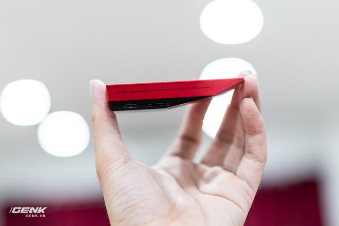 Đập hộp máy nghe nhạc Cowon Plenue V: Thiết kế hơi dị, nhạc nặng 1GB vẫn chơi Easy - Ảnh 10.