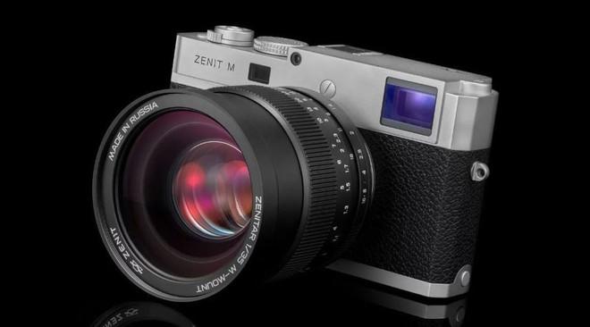Zenit và Leica ra mắt máy ảnh Full-frame Zenit M: Kết hợp công nghệ Nga - Đức - Ảnh 1.