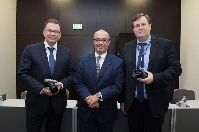 Zenit và Leica ra mắt máy ảnh Full-frame Zenit M: Kết hợp công nghệ Nga - Đức - Ảnh 4.