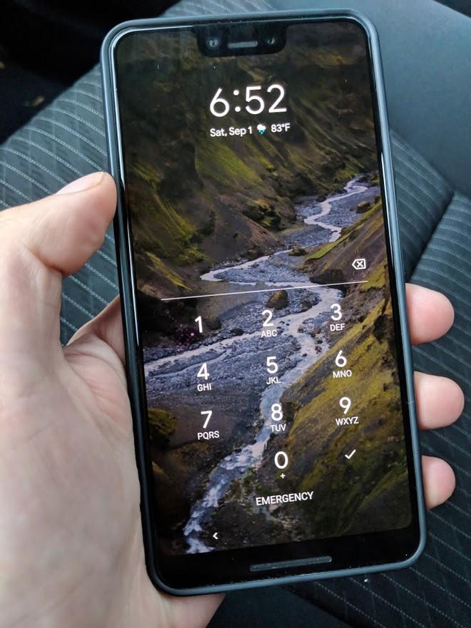 Nhân viên Google bỏ quên nguyên mẫu Pixel 3 XL màu đen trên xe của tài xế Lyft - Ảnh 3.