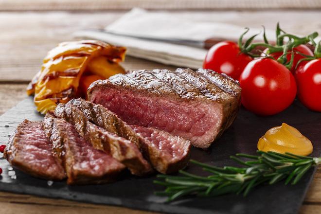 Thịt bò với thịt lợn khi nấu chín khác gì nhau? Đọc ngay để tự tin hơn khi ăn hàng quán - Ảnh 10.