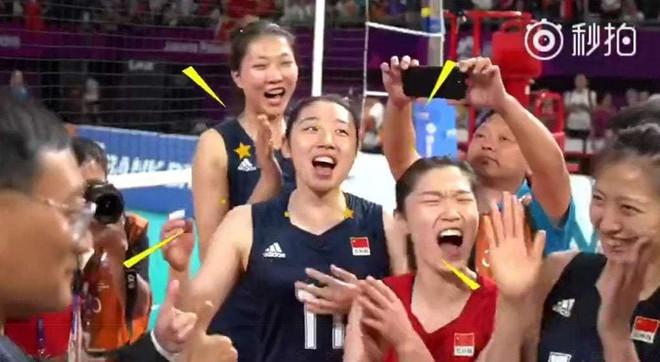 Giành HCV Asiad, Jack Ma bảo sẽ thanh toán mọi thứ mà tuyển bóng chuyền nữ Trung Quốc cho vào giỏ hàng Taobao - Ảnh 1.