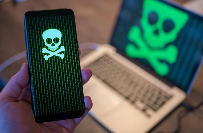 Smartphone của bạn bị giật lag, nhanh nóng và pin tụt nhanh? Có thể máy bạn đã dính mã độc đào tiền ảo rồi - Ảnh 1.