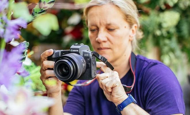Canon ra mắt máy ảnh không gương lật Full-frame đầu tiên mang tên EOS R: 30MP, 5655 điểm lấy nét, quay phim 4K - Ảnh 10.