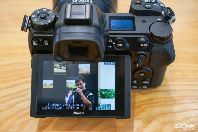 Trên tay nhanh hàng nóng Z7 - Chiếc máy ảnh không gương lật Full-frame đầu tiên của Nikon - Ảnh 13.