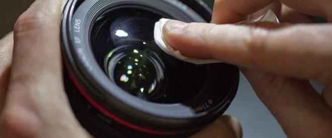 8 mẹo nhỏ giúp bạn chụp được những bức ảnh nét đứt tay - Ảnh 2.