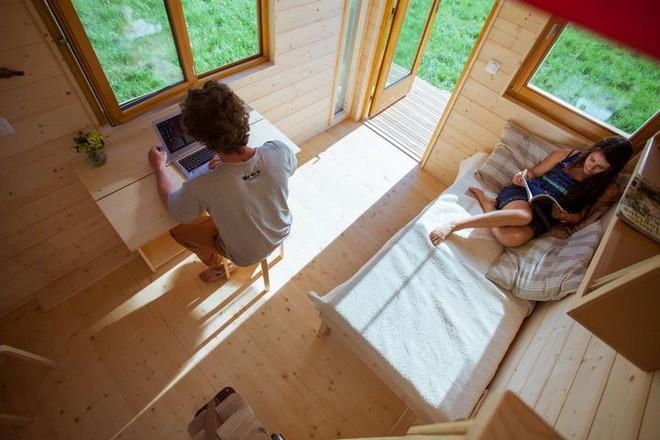 Thiết kế ngôi nhà độc đáo: Khi nóc nhà có thể mở toang và nằm giường ngủ để ngắm sao trời - Ảnh 10.