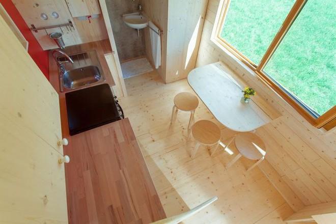 Thiết kế ngôi nhà độc đáo: Khi nóc nhà có thể mở toang và nằm giường ngủ để ngắm sao trời - Ảnh 5.