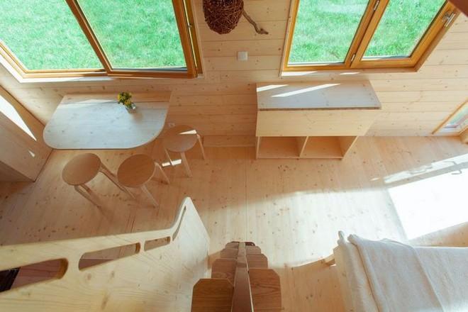 Thiết kế ngôi nhà độc đáo: Khi nóc nhà có thể mở toang và nằm giường ngủ để ngắm sao trời - Ảnh 3.