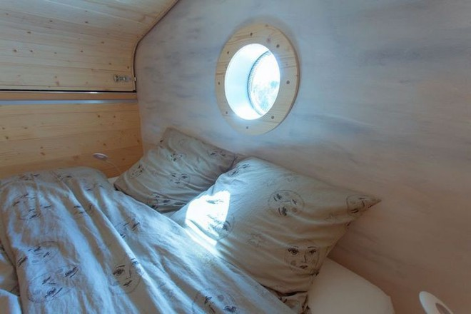 Thiết kế ngôi nhà độc đáo: Khi nóc nhà có thể mở toang và nằm giường ngủ để ngắm sao trời - Ảnh 12.
