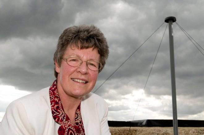 Một người phụ nữ nhận thưởng 3 triệu USD vì khám phá ra ẩn tinh, 44 năm sau khi một người khác nhận giải Nobel nhờ khám phá của bà - Ảnh 1.