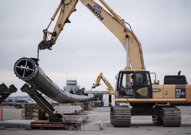 Hệ thống đầu tiên của dự án dọn rác biển The Ocean Cleanup đã chính thức ra khơi, đây là những hình ảnh về nó - Ảnh 2.