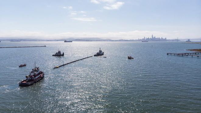 Hệ thống đầu tiên của dự án dọn rác biển The Ocean Cleanup đã chính thức ra khơi, đây là những hình ảnh về nó - Ảnh 14.