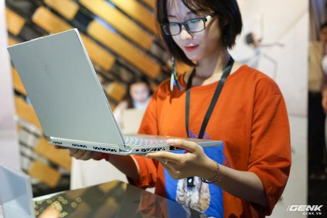 Cận cảnh laptop mỏng nhẹ Prestige PS42 đến từ MSI: chỉ 1,19 kg, pin 10 giờ, giá gần 21 triệu đồng - Ảnh 10.