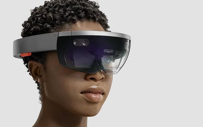 HoloLens, một trong những sản phẩm kính AR được đánh giá là tốt nhất trên thị trường, chỉ có góc nhìn 35 độ.