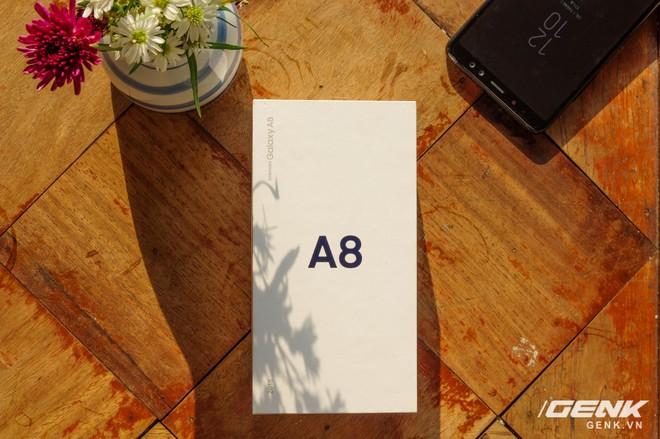 Mở hộp Galaxy A8 (2018) chính hãng giá 10,99 triệu đồng: màu Tím Bạc cực đẹp! - Ảnh 8.