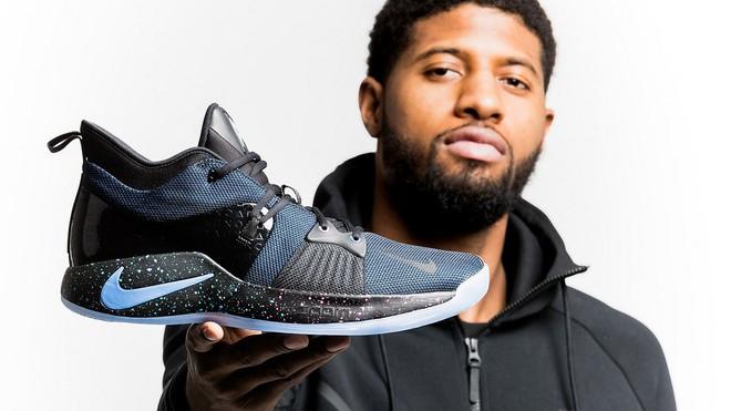 Nike PG 2 PlayStation: Mẫu giày bóng rổ lấy cảm hứng từ tay cầm DualShock 4 - Ảnh 1.