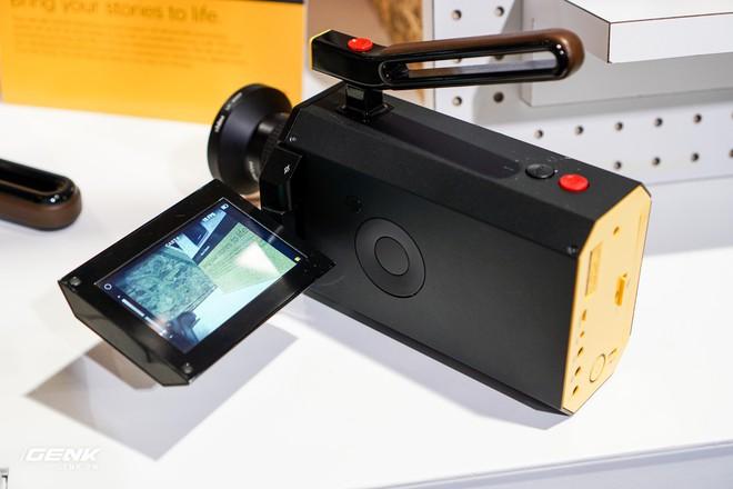 Ngỡ ngàng trước gian hàng thập cẩm của hãng công nghệ Kodak tại CES 2018 - Ảnh 4.