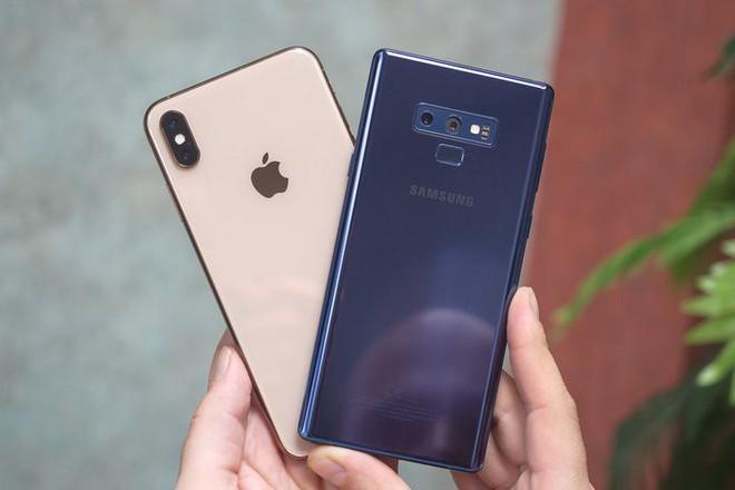 Q3/2018: Apple và Samsung dẫn đầu phân khúc smartphone cao cấp, Apple thống trị phân khúc giá trên 800 USD - Ảnh 1.