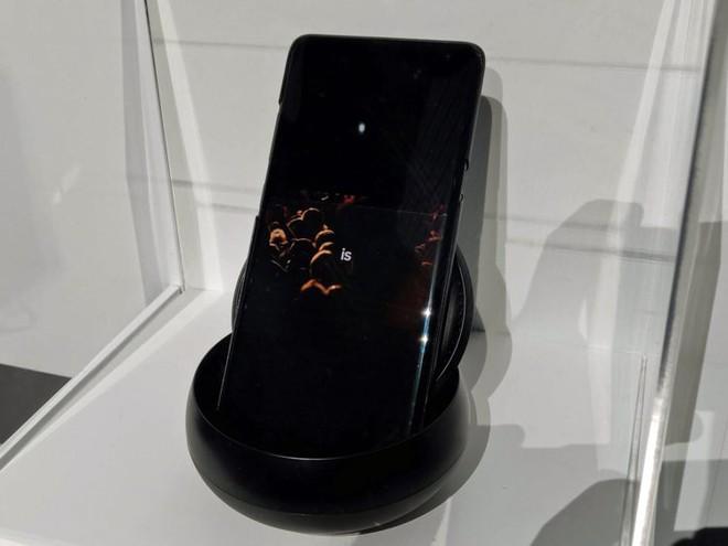 Samsung ra mắt nguyên mẫu smartphone 5G đầu tiên của mình tại CES 2019, nhưng hầu như không ai để ý - Ảnh 5.