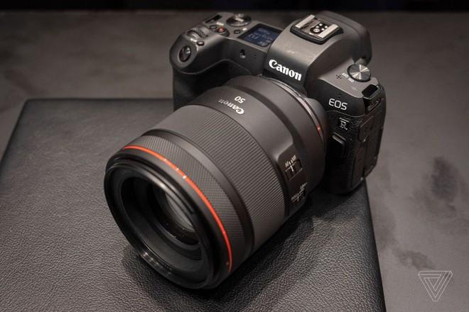 Canon xác nhận đang phát triển máy ảnh không gương lật full-frame có khả năng quay video 8K - Ảnh 1.
