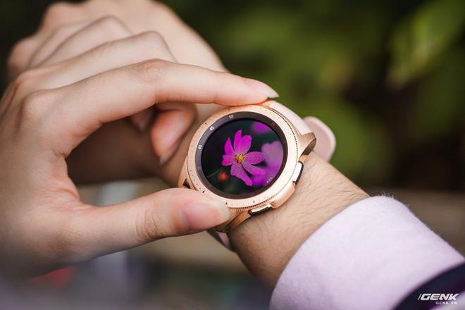 Trải nghiệm những tính năng thông minh trên Galaxy Watch: Nhiều quá dùng không xuể! - Ảnh 1.