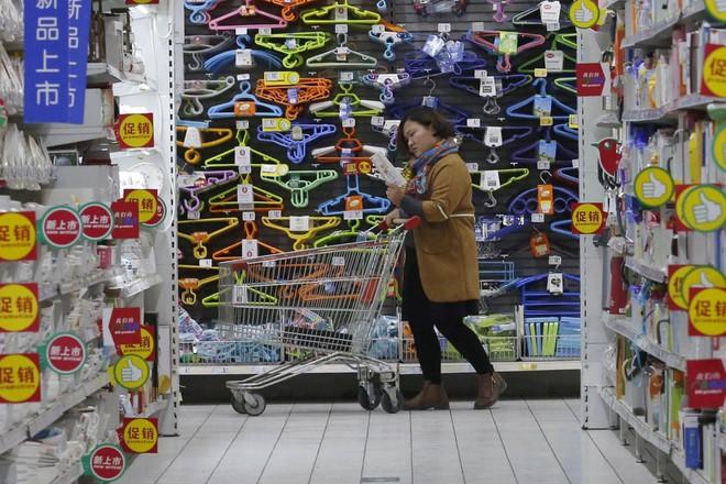 Người lao động Trung Quốc có thể được nghỉ 2,5 ngày/tuần để đi mua sắm - Ảnh 2.