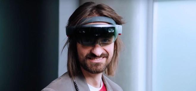 Microsoft sẽ tổ chức sự kiện riêng tại MWC 2019? Liệu có phải ngày ra mắt của Surface Phone đang đến gần? - Ảnh 3.