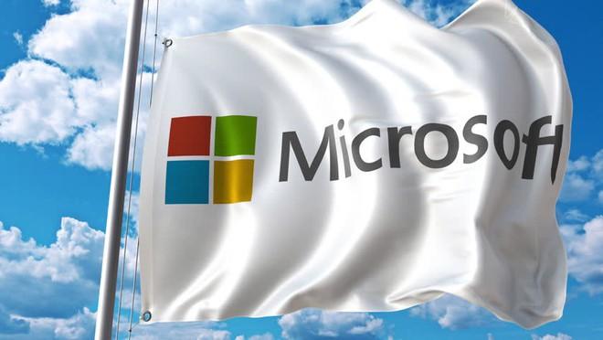 Giương cờ trắng, Microsoft chấp nhận biến trợ lý ảo Cortana thành một tính năng của Google Assistant và Amazon Alexa - Ảnh 1.
