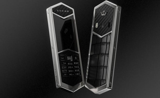 Chiêm ngưỡng Nokia 6500 độ lại khung carbon, ốp lưng da cá sấu, bàn phím titan, giá 60 triệu - Ảnh 4.
