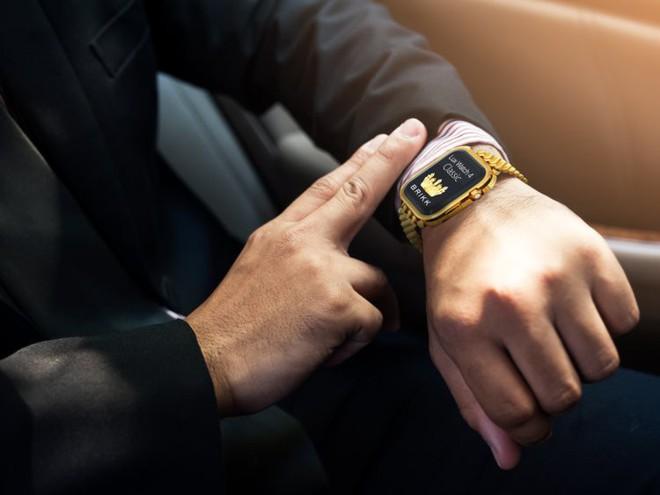 Cần tới 34 người, 80 giờ chế tác để tạo ra chiếc Apple Watch nạm kim cương trị giá 1,7 tỷ này - Ảnh 7.