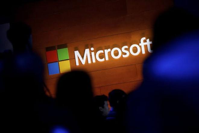 Không phải Apple hay Amazon, Microsoft mới là công ty đứng đầu năm 2018 về giá trị thị trường - Ảnh 1.