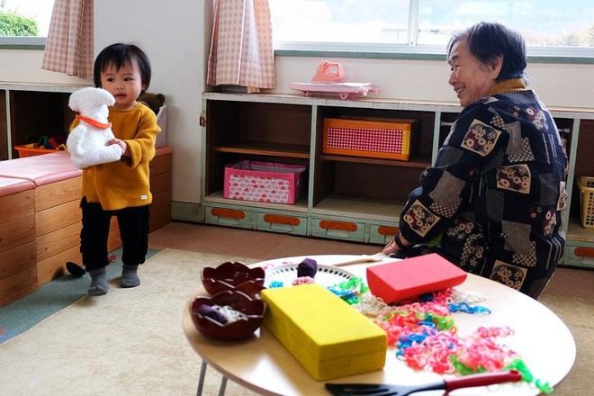 Khám phá thị trấn độc đáo ở Nhật Bản, nơi chính quyền cho tiền để các cặp đôi sinh con - Ảnh 10.