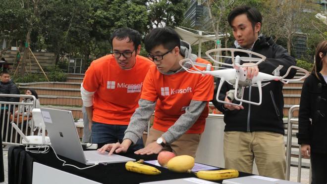 DJI hợp tác Microsoft tạo ra AI drone có thể nhận diện hoa quả và nhiều thứ khác nữa - Ảnh 2.