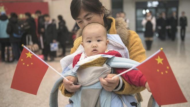 """Trung Quốc bắt đầu cuộc """"xuân vận"""": Ước tính có 3 tỷ chuyến đi trong vòng 40 ngày tới để về nhà ăn Tết - Ảnh 9."""