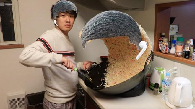 Sự thật phía sau chảo cơm rang khổng lồ gây bão Internet của anh chàng Nhật Bản - Ảnh 5.