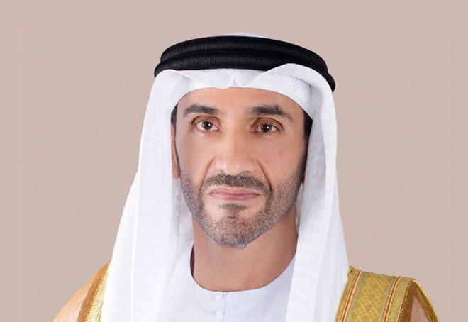Góc nhiều tiền: Hoàng tử UAE mua sạch vé trận bán kết Asian Cup 2019, không cho CĐV Qatar vào xem - Ảnh 1.