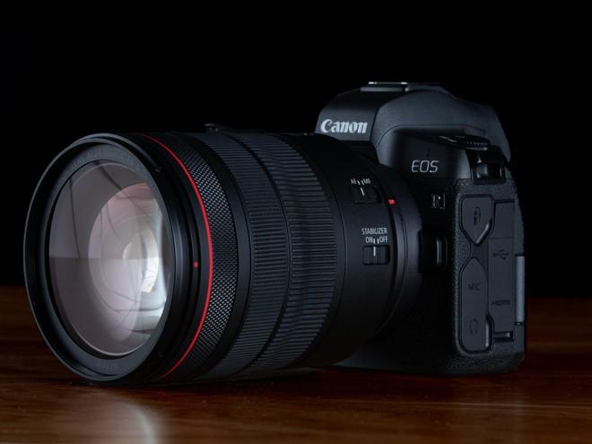 Chủ tịch Canon: Thị trường máy ảnh chuyên nghiệp sẽ thu nhỏ còn một nửa trong 2 năm tới - Ảnh 1.