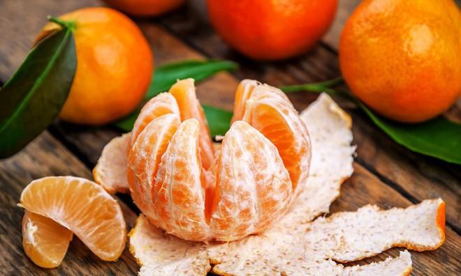 Đây là 5 mẹo ăn uống dịp Tết giúp bạn tránh tăng cân - Ảnh 2.