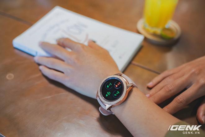 Cận cảnh đồng hồ Samsung Galaxy Watch chính thức tại Việt Nam: kiểu dáng thanh lịch, màu sắc thời trang giá 7 triệu đồng - Ảnh 14.