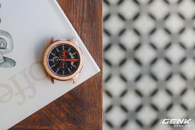 Cận cảnh đồng hồ Samsung Galaxy Watch chính thức tại Việt Nam: kiểu dáng thanh lịch, màu sắc thời trang giá 7 triệu đồng - Ảnh 21.