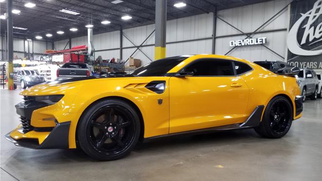 Bạn đã có thể sở hữu một chiếc Chevrolet Camaros phiên bản Bumblebee trong phim Transformers, trừ khả năng biến hình - Ảnh 3.
