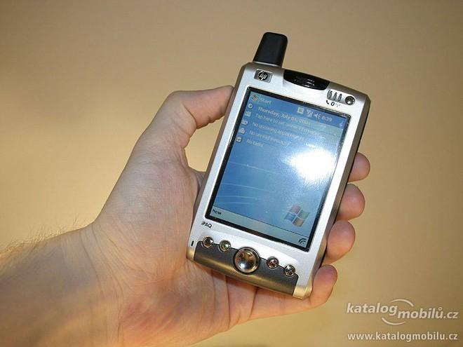 Ngược dòng thời gian: sự thất bại của những ông lớn ngành PC khi tham gia thị trường smartphone - Ảnh 1.