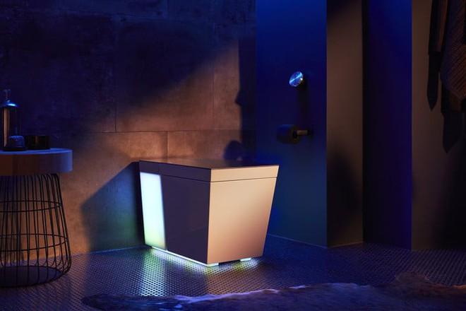 [CES 2019] Kohler trình làng toilet thông minh tích hợp trợ lý ảo Alexa cùng hệ thống âm thanh ánh sáng tưng bừng - Ảnh 2.
