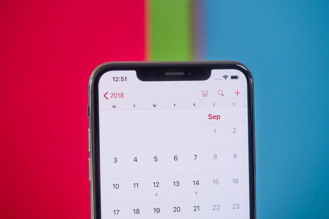 iPhone vẫn giữ thiết kế tai thỏ cho đến năm 2020 - Ảnh 1.